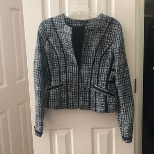 Women's tweed blazer